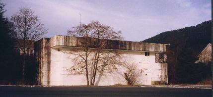 Navy bomb-proof power plant