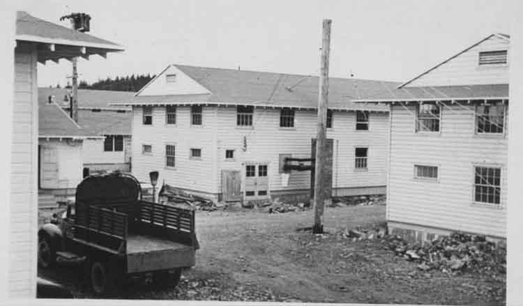 Barracks on Charcaol Island, Fort Ray